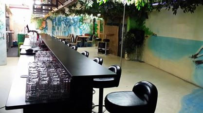 Kitchenclub Uster Bar 2.jpg
