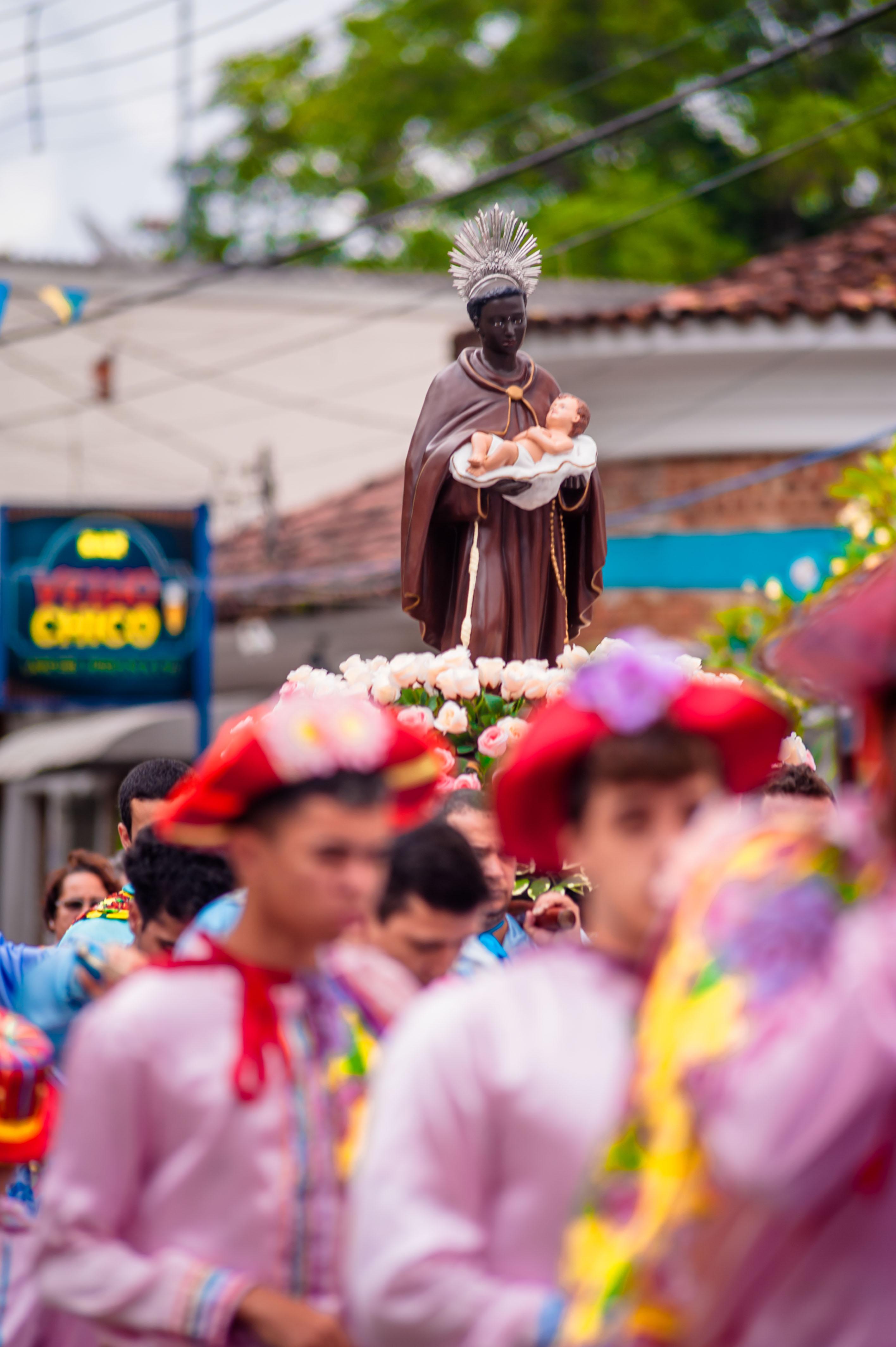 ILHABELA, SP, 21.05.2017 - PROCISSÃO DE SÃO BENEDITO-3