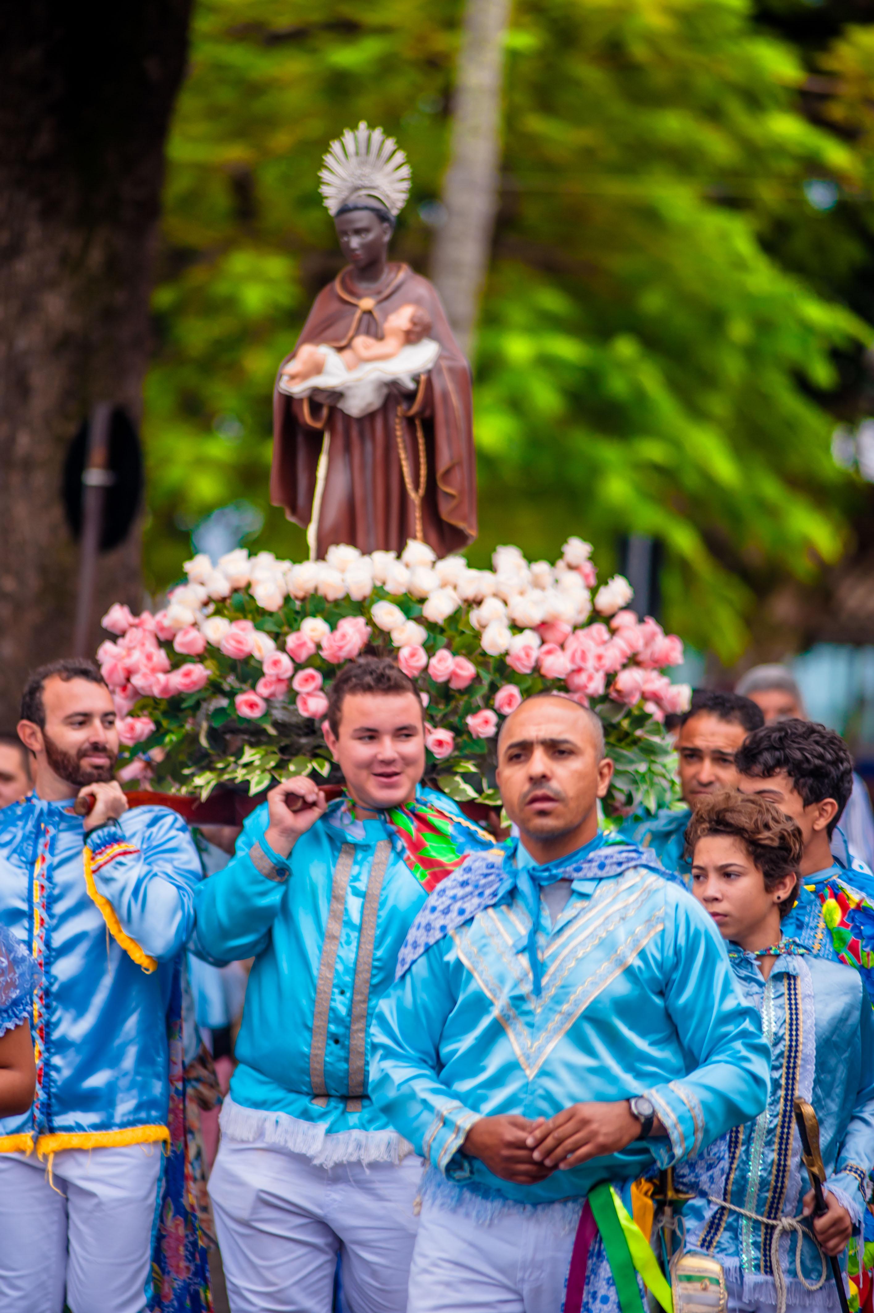ILHABELA, SP, 21.05.2017 - PROCISSÃO DE SÃO BENEDITO-8