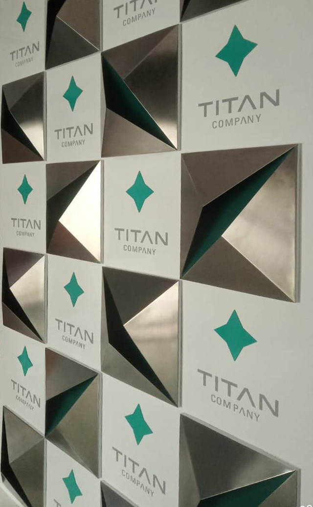 Titan Press Wall