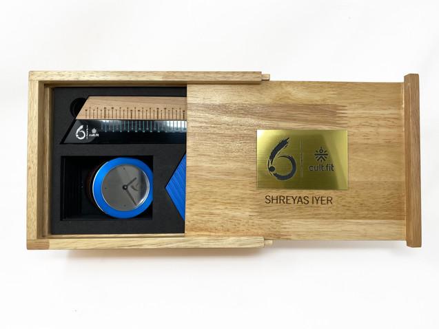 Six Cricket Gift Hamper