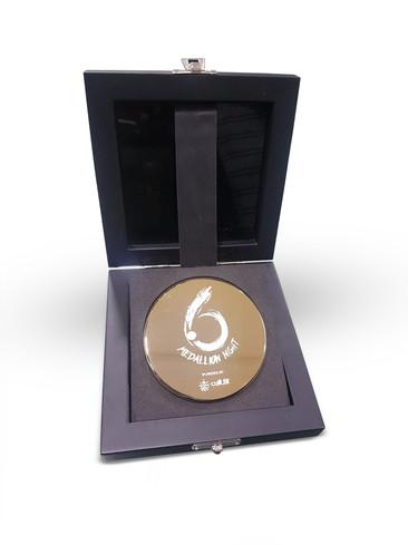 Six Cricket Medal