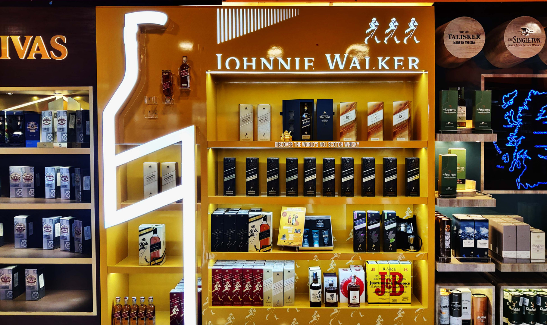 Johnnie Walker Wall Bay