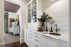23a Kitchen.jpg