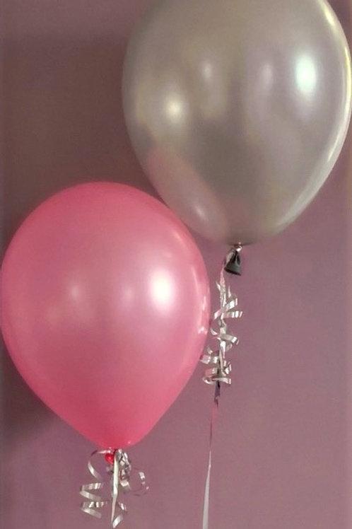 Balloon table display