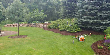 Mulch Install, Hastings