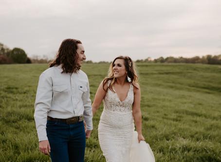 Intimate Backyard Wedding in Clarksville, TN