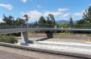 A shot of the bridge over Highway 85.