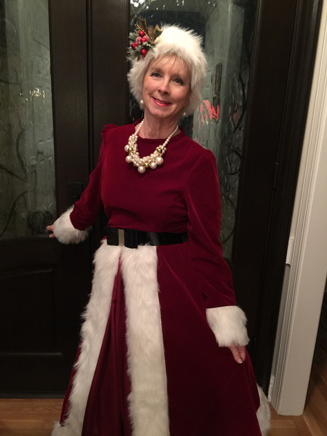 Mrs Claus Ready To Go Out