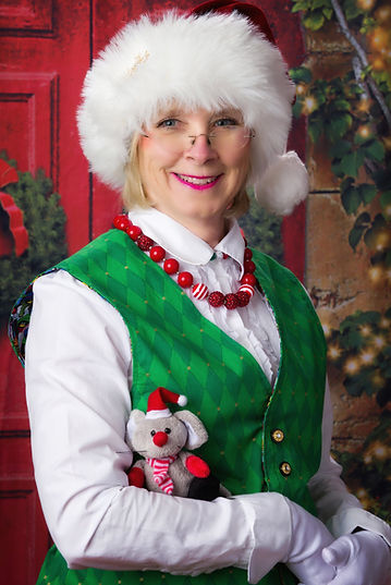 Mrs Merry Lou Claus