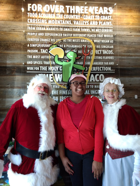 Even Mrs. Claus and Santa Like Tacos
