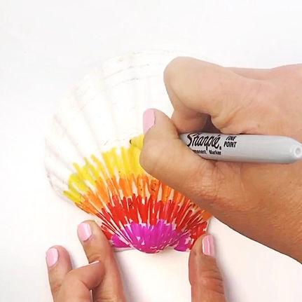 Tie-Dye-Sharpies-on-Shells-2.jpg