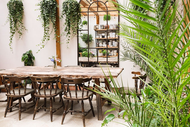 Ellas-place-garden-seating-area-lunch-pa