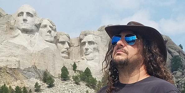 Gordo on tour at Mt. Rushmore