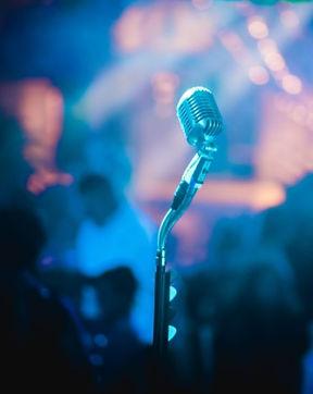 karaoke mic.jpg.crdownload.jpg