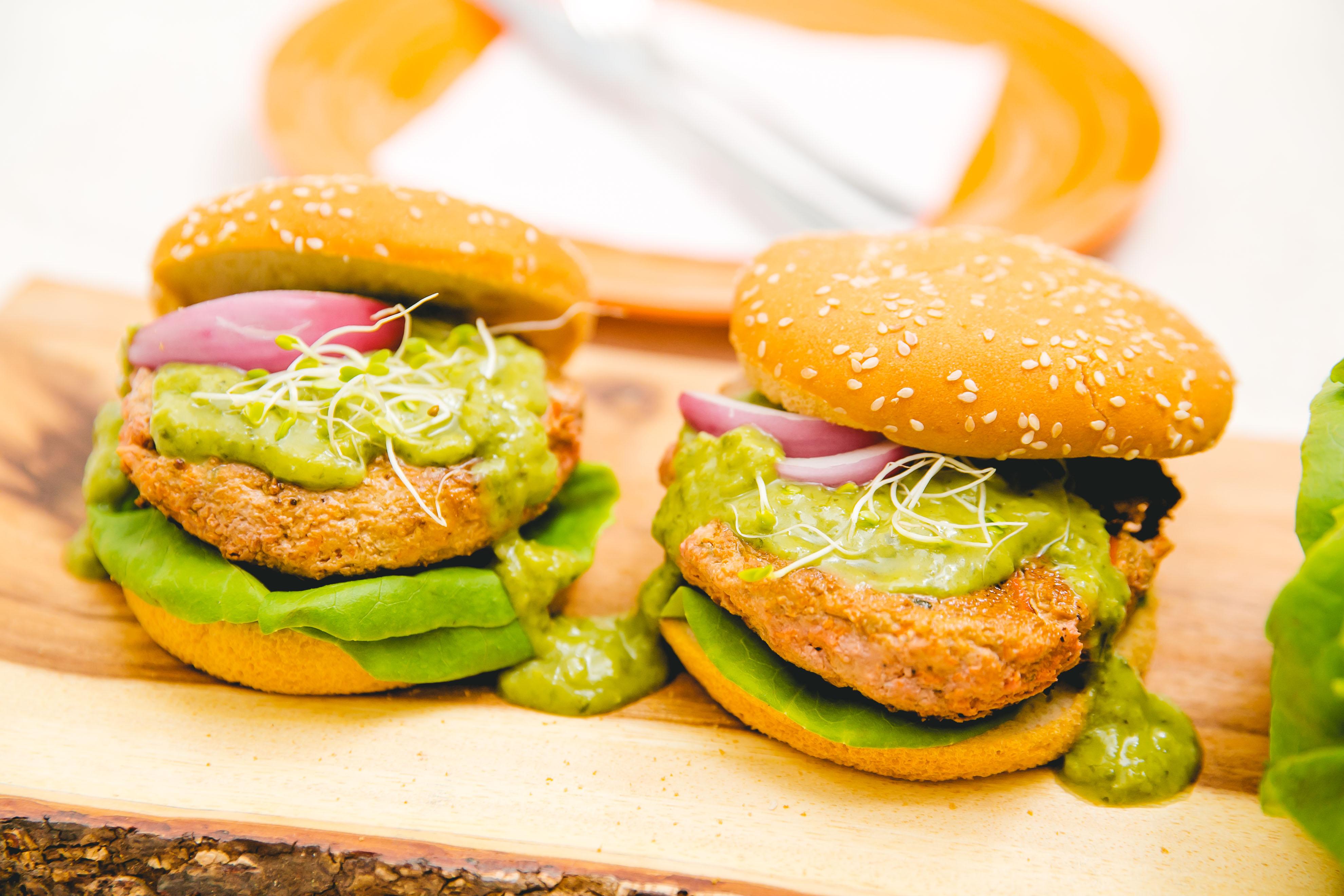 Veg-Turkey burgers w/ Green Goddess