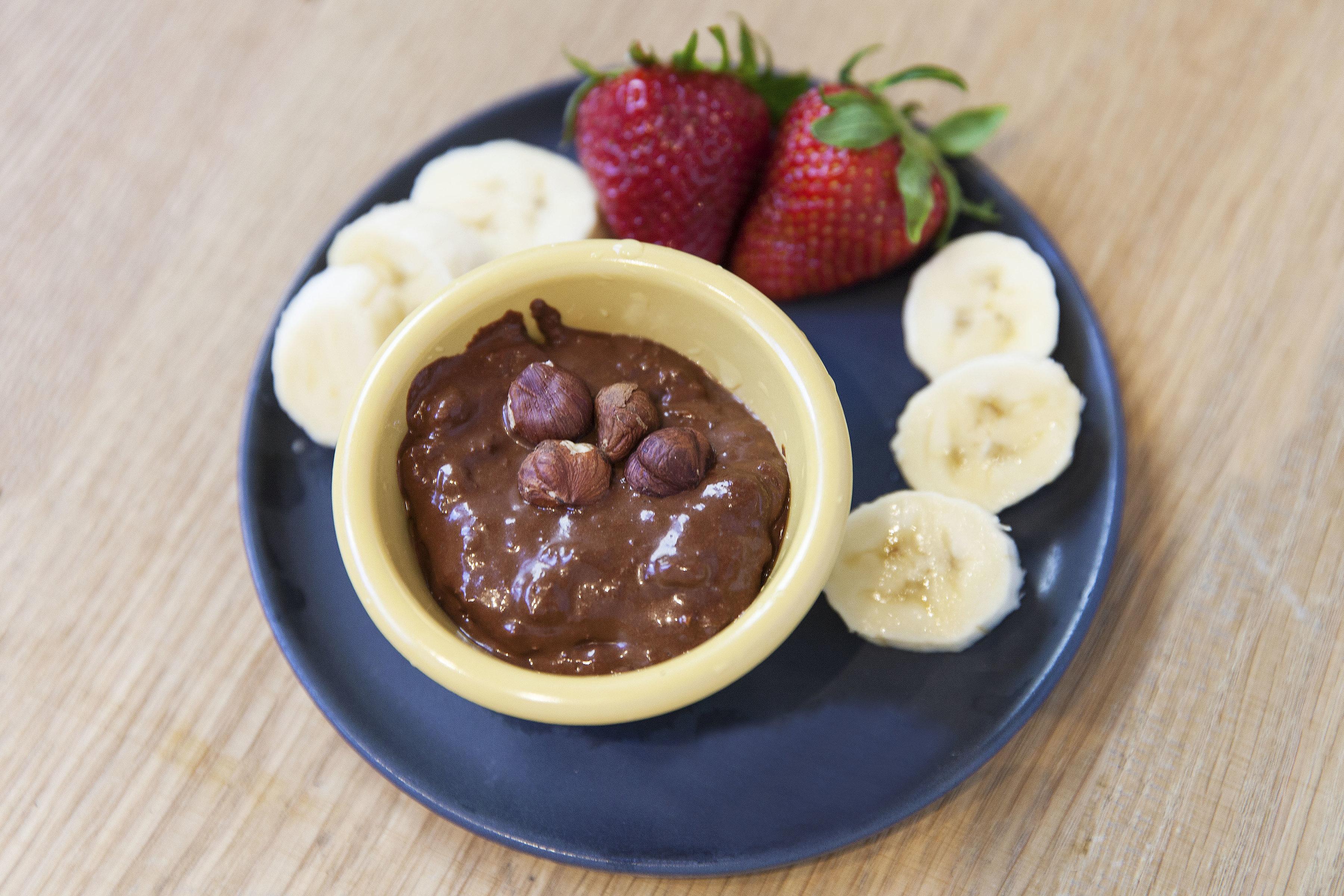 Chocolate mousse w/ fresh fruit