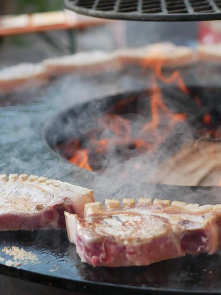 Steak gegrillt und geräuchert