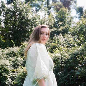 Olive Louise releases spine-tingling indie pop anthem 'Undefined'