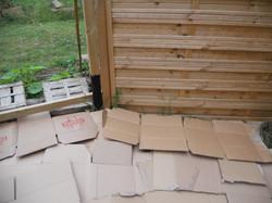 couvre sol avec du carton