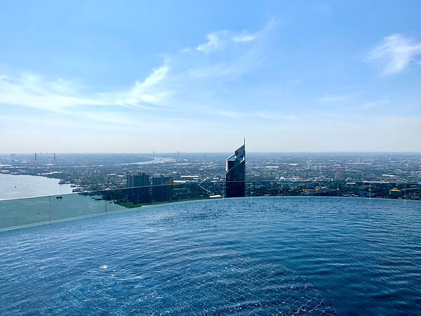 Infinity Edges pool, sky pool at canapaya residences, best river view on rama 3 road, chao phara river view, breezy, thailand's tallest buildings