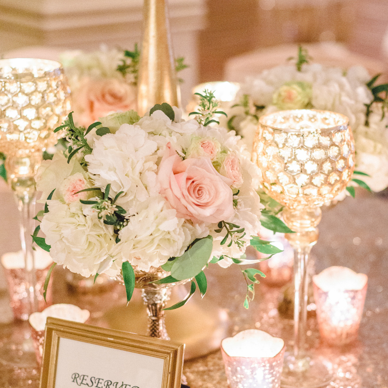centerpiece and linens