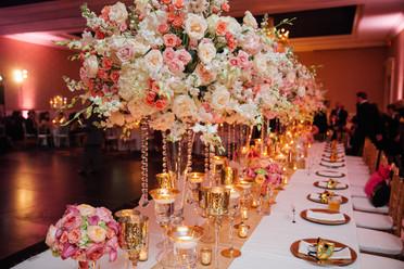 wedding florist, wedding flowers, tablescape, lovestruck linens, emily sullivan events, wedding planner, destination wedding, new orleans wedding, louisiana wedding.