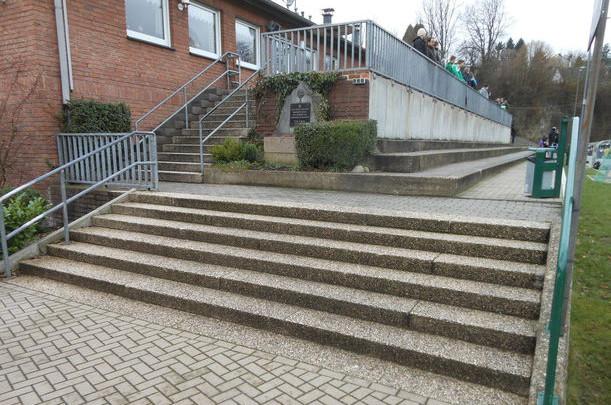 Treppenaufgang zum Vereinsheim