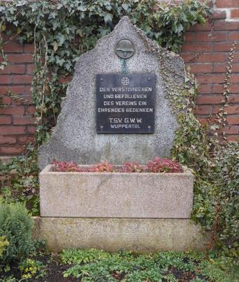 Denkmal für die verstorbenen Vereinsmitglieder