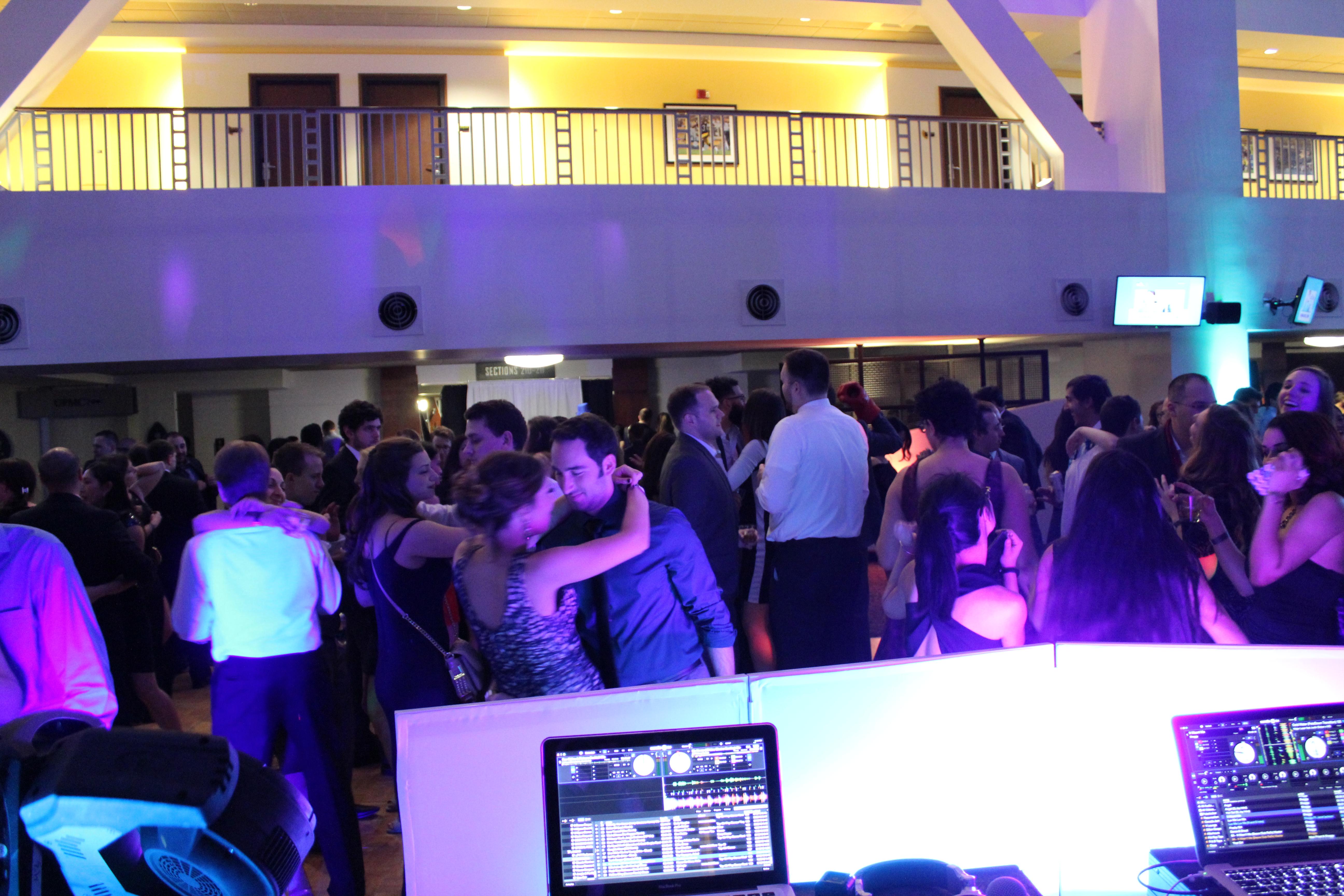 Pittsburgh PA DJ Service