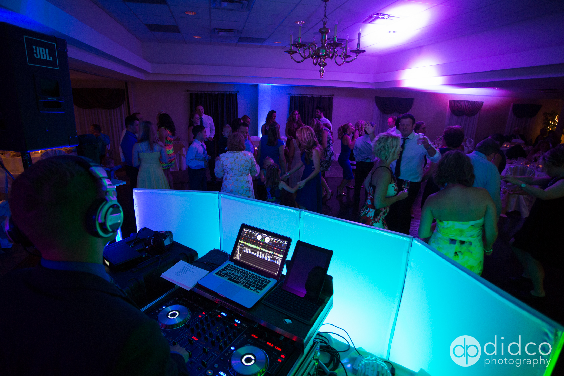 Pro DJs for your wedding day!