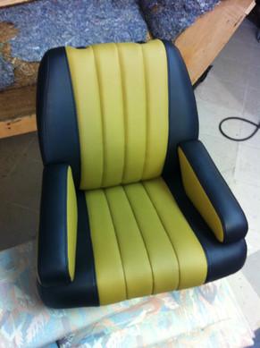 Sitz komplett restauriert