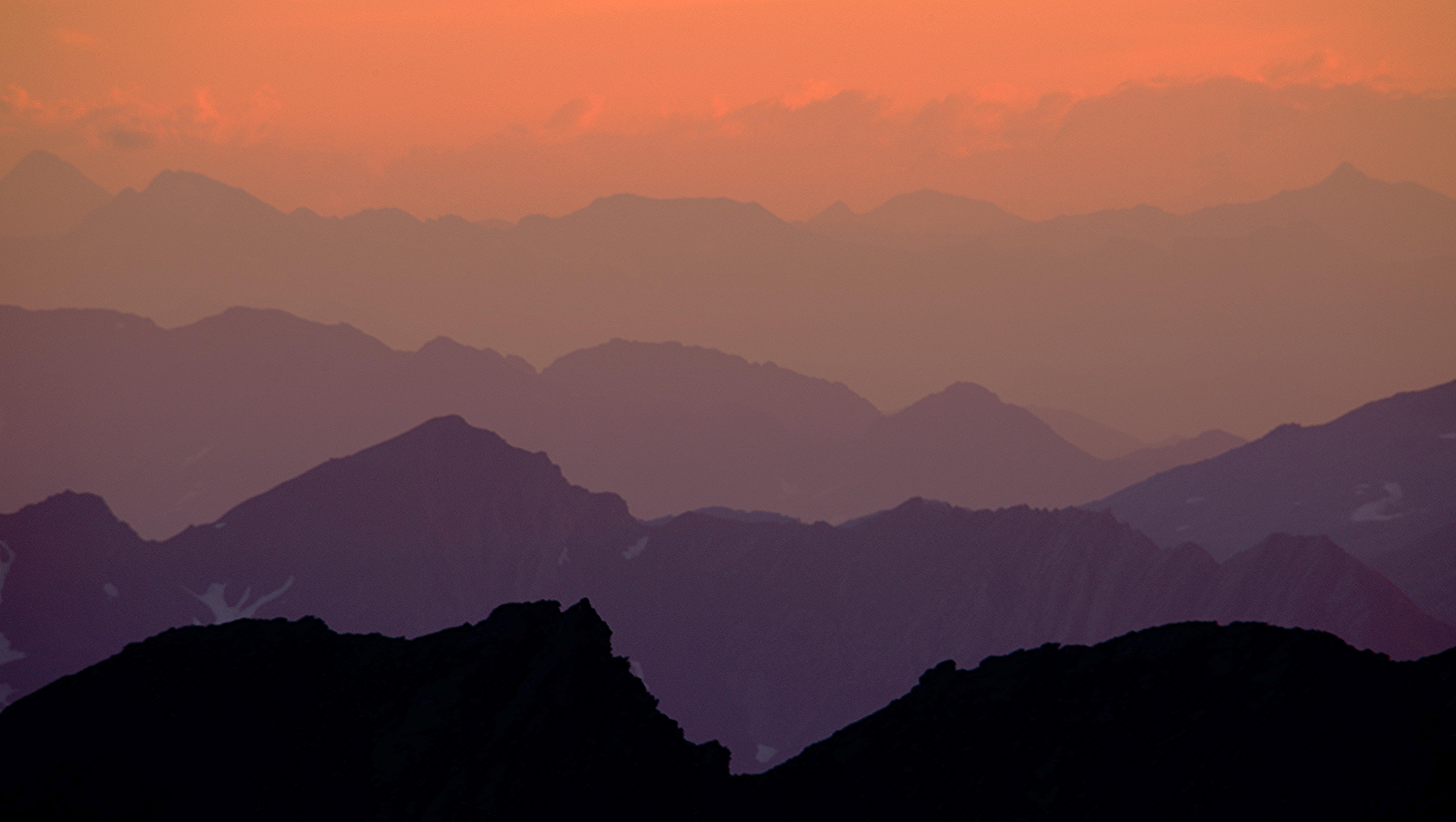 Montagnes en couleur