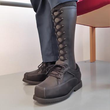 Læderfodkapsel med snørre