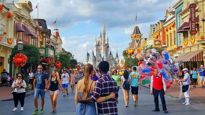 Casal na Disney