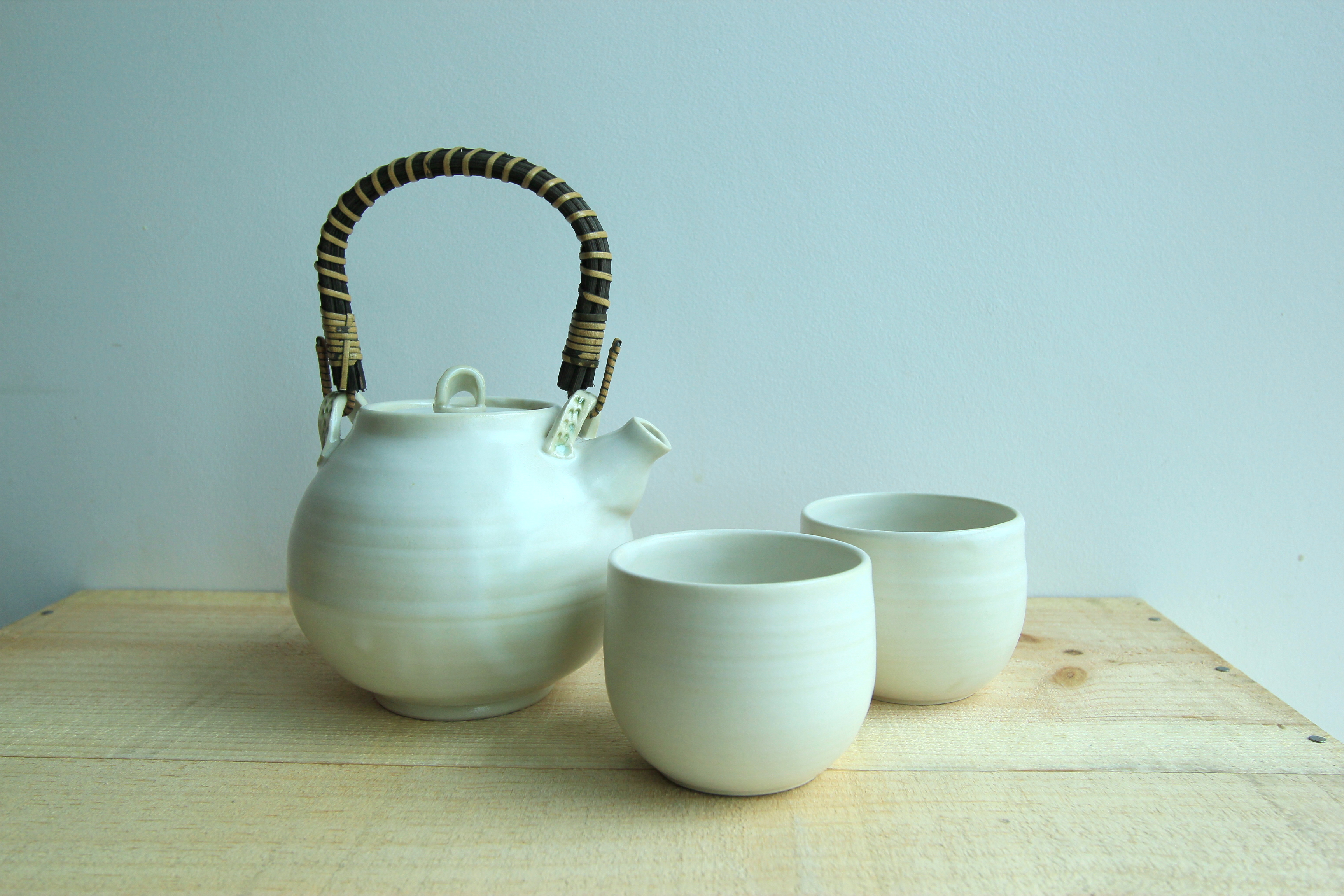 White Teapot set