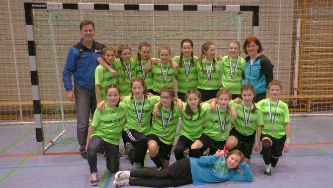 WIR GRATULIEREN: Vize-Meisterschaft! D-Juniorinnen holen Titel