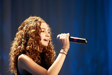 Avery Sings .jpg