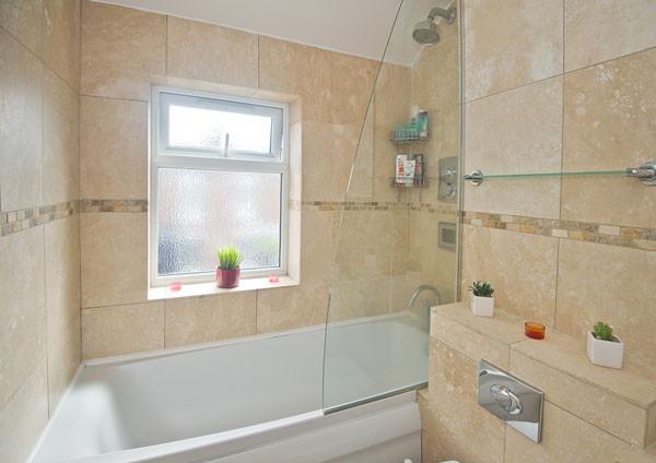 bathroom-house-share.jpg
