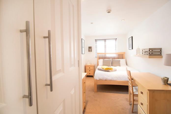Bedroom2BWEB.jpg