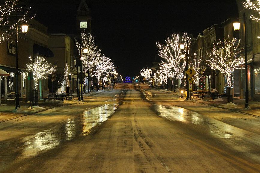 Downtown Sculpture & Lights.jpg