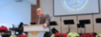Paster Bob Becker Giving a Sermon