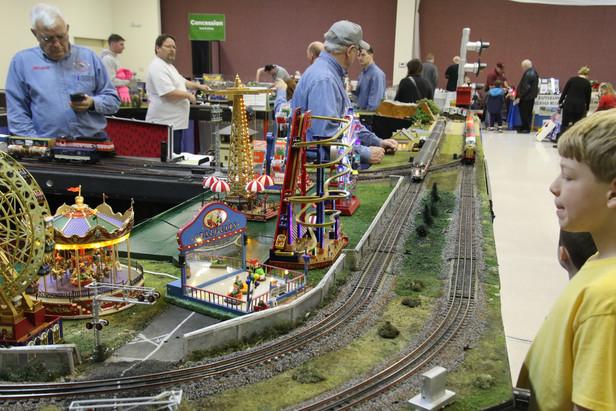 2016-RMR-Annual-Train-Show-O-Gauge-003.j