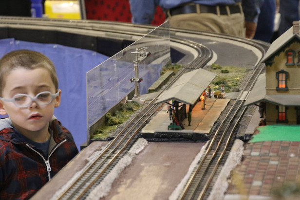 2016-RMR-Annual-Train-Show-O-Gauge-007.j