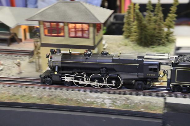 2016-RMR-Annual-Train-Show-O-Gauge-012.j
