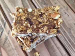 Gluten Free & Vegan Superfood Granola Bars