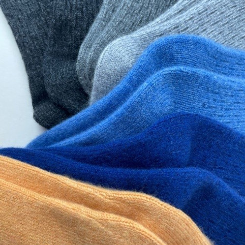 The Hero Cashmere Lounging Socks