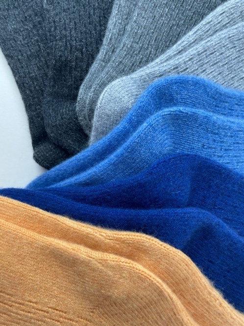 The Hero Cashmere Socks