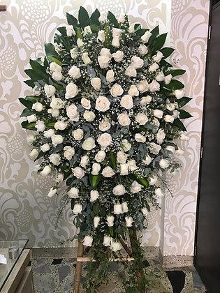 F61- Pedestal 100 rosas