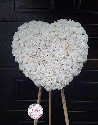 F40- Corazón en Rosas